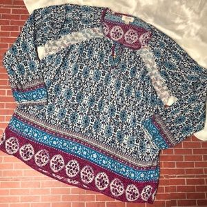 🎉Blue and Purple Floral Umgee Blouse🎉